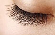 睫毛种植是小手术吗