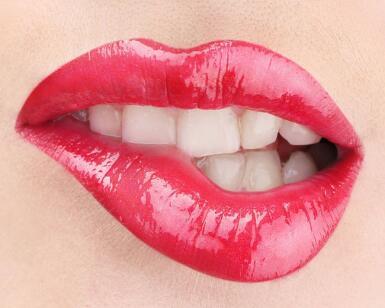 青岛芳子纹唇的注意事项主要有几点