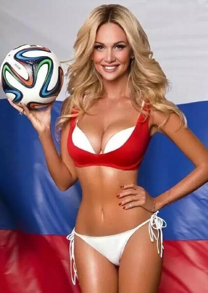 长沙雅美别用你的世界杯,挑战我的E罩杯