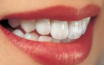 激光牙齿美白会损伤牙神经吗