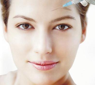 沈阳和平蓝天玻尿酸除皱术后可以洗脸吗
