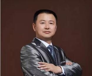 """被誉为""""西南鼻王""""的贵阳整形医生张智毅"""