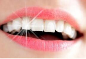未成年能做冷光牙齿美白吗