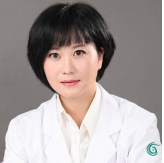 擅长五官精雕整形医生—上海华美杨亚益