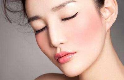 360平衡复合彩光美肤有四大优势