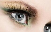 做眼睫毛移植术必知护理知识
