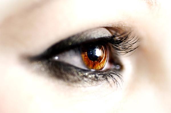 1um无痕双眼皮的七类适应人群