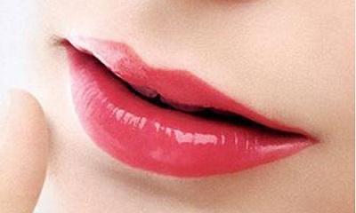 大连沙医生漂唇部位修复期间内不能沾水吗