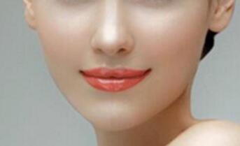 做肋软骨隆鼻不会产生排斥或是过敏的情况吗