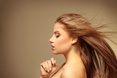 女性掉发是什么原因