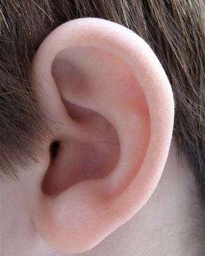 耳垂畸形修复后会变形吗