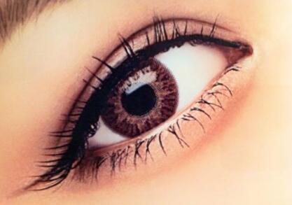 韩式双眼皮怎么做才不会感到疼痛的