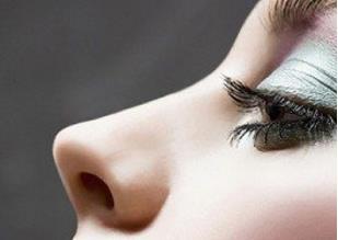 菏泽悦美睫毛种植可以用眉部毛囊吗
