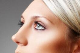 不同的假体隆鼻能保持多久
