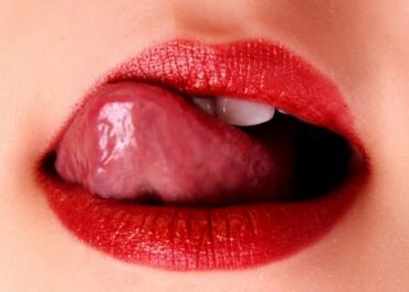 漂唇术后可能会出现的副作用