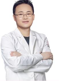 【口碑解读】成都整形医生王欣的魔塑师脂肪隆胸