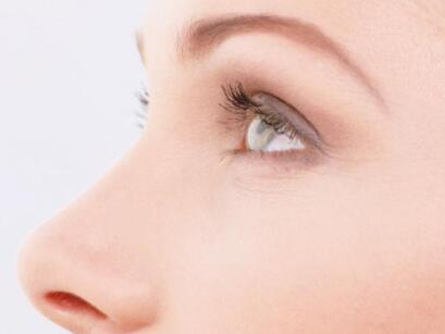 假體隆鼻可以保持長久美麗