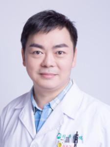 专业鼻整形医生—曾宁