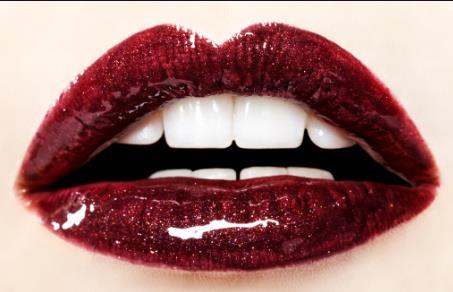 武汉厚唇修薄术的价格是10000-30000/双侧
