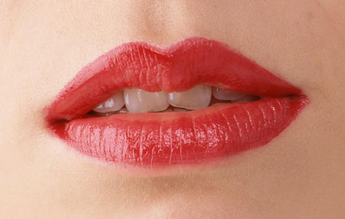 济南瑞丽自体脂肪丰唇和玻尿酸丰唇的优缺点在那