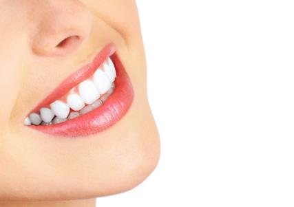 南宁韩成牙齿冷光美白的特点是什么
