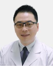余东 副主任医师照片