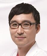 韩充希 执业医师照片