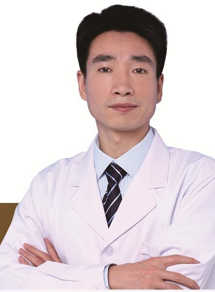 何林华 副主任医师照片