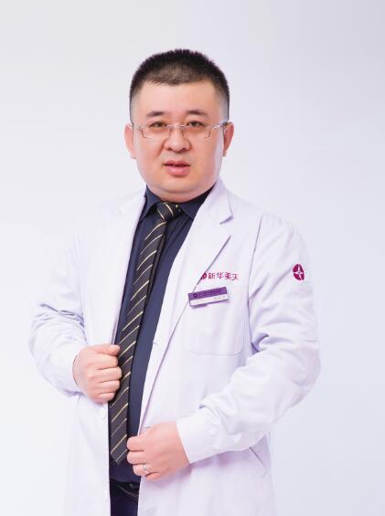 张井忠 副主任医师照片