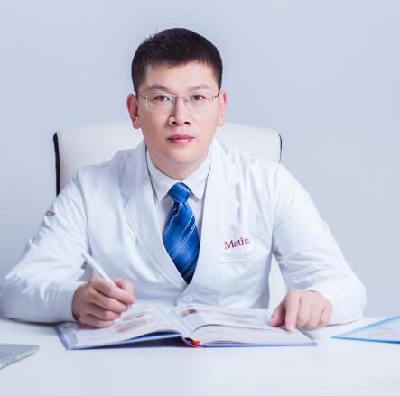 王建 执业医师照片
