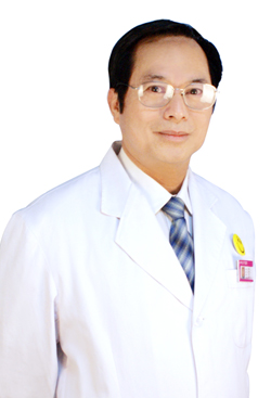 整形医生刘伟忠