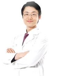 尹度龙 执业医师照片