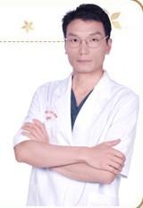 整形醫生楊榮坤