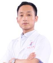整形医生李仁华