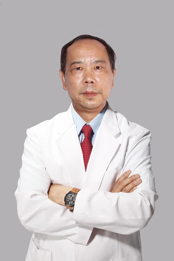 整形医生柳文保