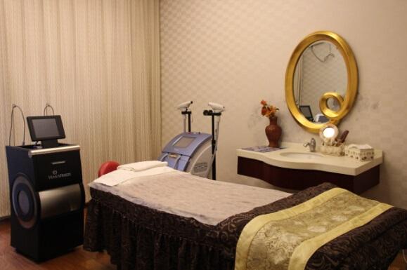 上海伊美尔港华医疗美容医院美容治疗室
