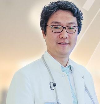 闵英俊 主治医师照片